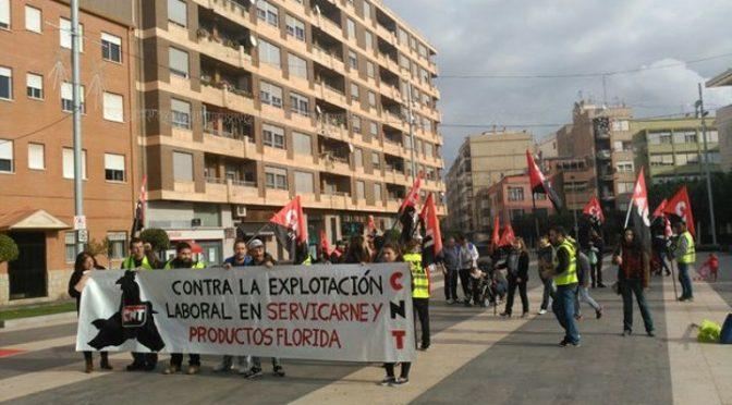 Servicarne pagará hasta la resolución del juicio el autónomo de los 3 afiliados de  CNT en conflicto
