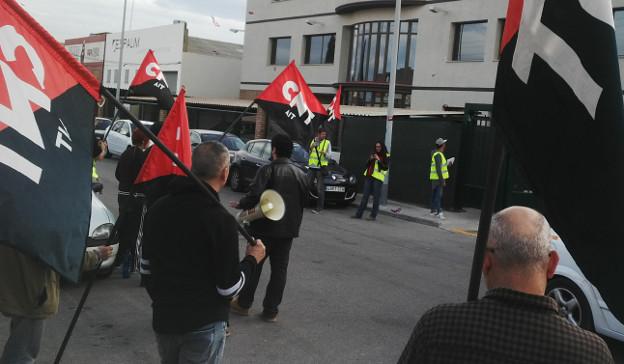 [Crónica] CNT se moviliza para informar de los logros sindicales en Servicarne y Productos Florida (Almassora-Castellón)