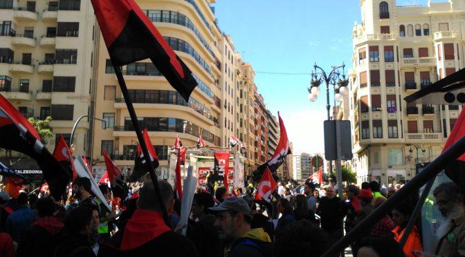 [Crónica 1M] Éxito rotundo de la Manifestación Alternativa de la CNT en Valencia