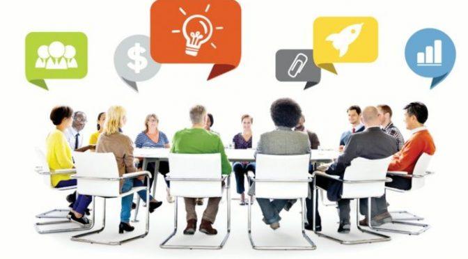 Los delegados/as de CNT València asisten a una sesión de coaching y psicología diseñada para la lucha sindical