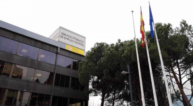 CNT alerta de un posible impago masivo de prestaciones del SEPE en agosto